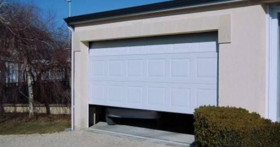 Instalación y venta de puertas seccionales Valencia - Empresa profesional