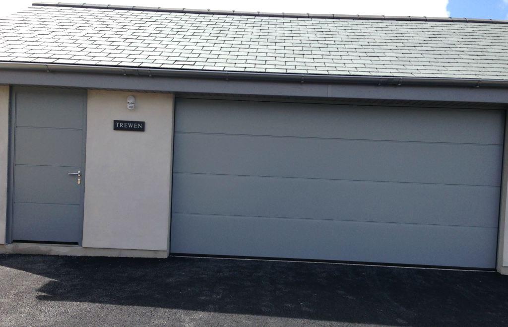 Presupuesto puertas de garaje - Empresa profesional