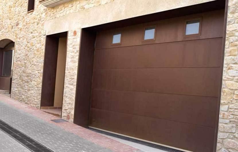Empresa de instalación puertas de garaje Valencia