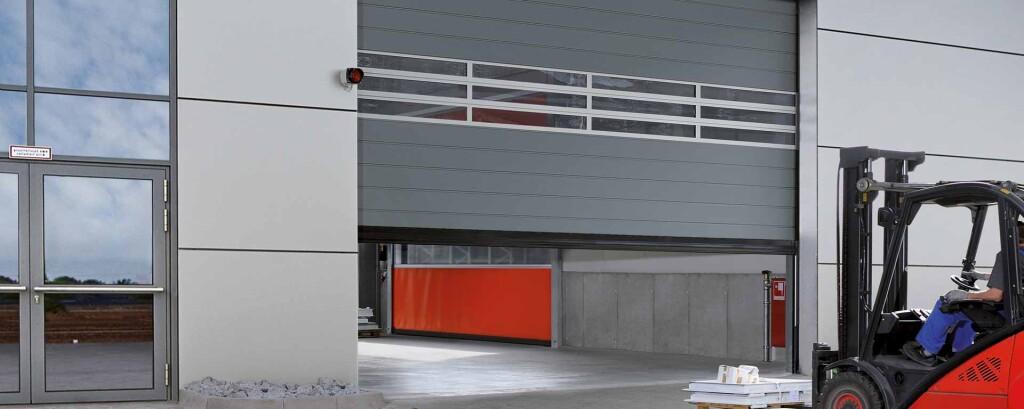 Empresa de puertas industriales Valencia profesional