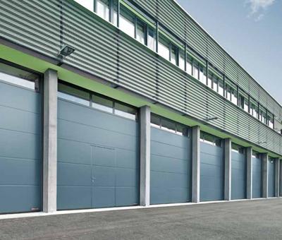 Puertas industriales seccionales Valencia